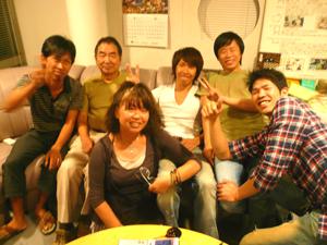 日越友好協会中村さんとV4の仲間たち