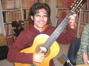 七弦ギタリスト阿部さん