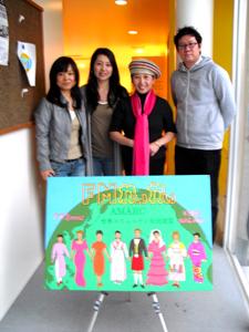 中国民族楽器二胡演奏家王さんが中国番組華声に出演。