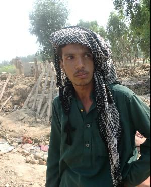 アフガン難民は支援の蚊帳の外に(パキスタン洪水レポート)