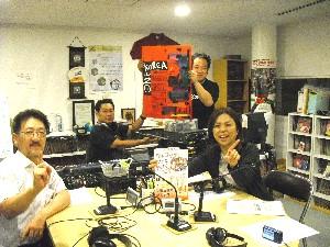 大阪城公園で開催のワンコリア2010!実行委員長の鄭甲寿さんが来局!今年のポスターも黒田征太郎さん