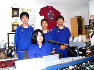 今年のトライやるウィークは長田中学校の2年生。15分番組を制作しました。