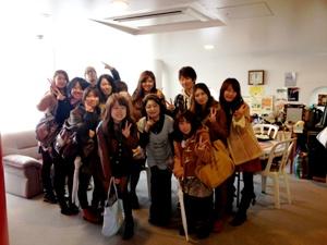 朴明子さんと大学生