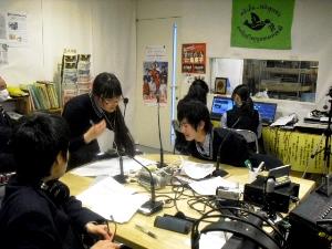 須磨翔風高校ディレクターとスタジオで打ち合わせ