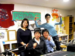 本日の夜7時からの「ヨボセヨ」はKコリアの担当!久しぶりのゲストは釜山からの大学生が2人