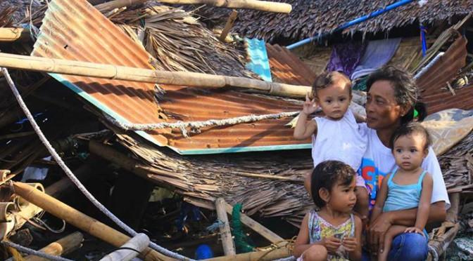 フィリピン台風の被災地支援募金(災害ラジオ局支援)を始めます