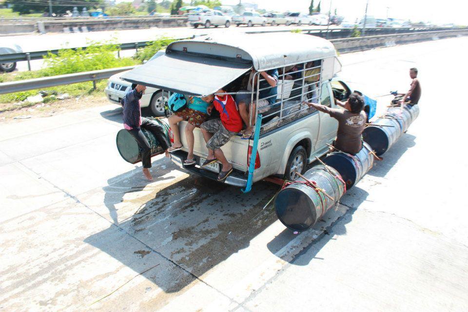 タイの水陸両用車