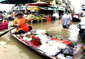 タイ・バンコクとFMわぃわぃスタジオをインターネットで結んで放送!現地からのリポートです。