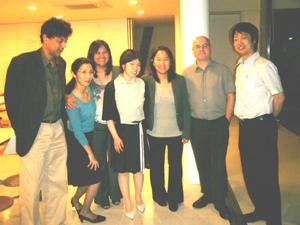 FMわぃわぃを訪問された世界コミュニティラジオ放送連盟の理事達とスタッフ