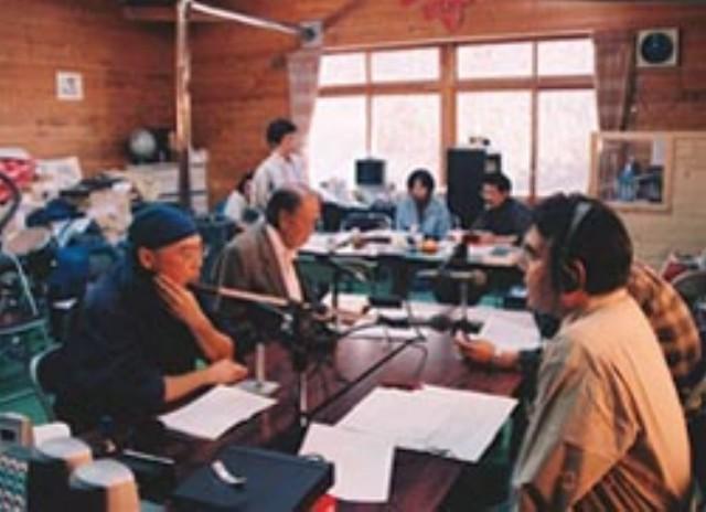 FMピパウシスタジオ風景