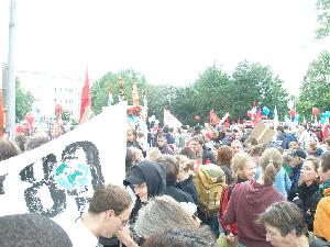 G8に対する大規模な抗議行動
