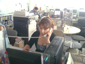 YYスペイン語スタッフロクサーナ電話相談