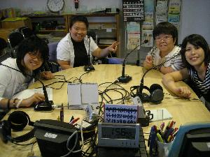 ラジオと情報紙でユニバーサルなまちづくり−WING KOBE−